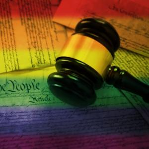 Droit LGBT